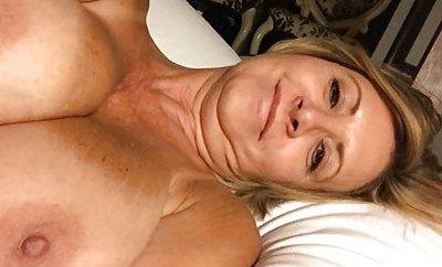 Rencontre hot à Bischheim avec jolie mature aux gros seins